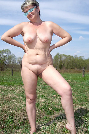 Completely naked BBW nudist BBW grandmothers