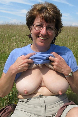 Flashing fat older women with a big tits