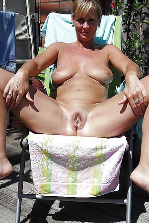 Nudist older ladies spreading pussy for us