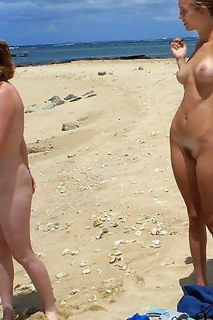 Naked On The Beach! Gallery #44