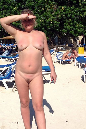 Hot tanned nudists caught naked at the public beach