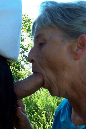 Mature nudist moms having fun with younger men